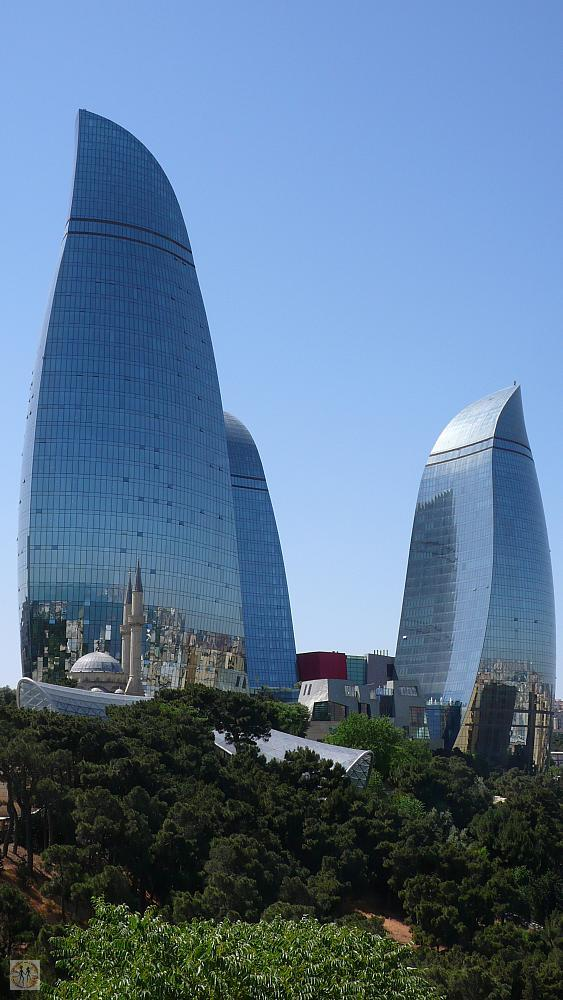 baku-flame-towers-bu-0469