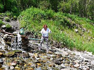 bircan-stream-cold-water-on-the-way-to-big-almaty-lake