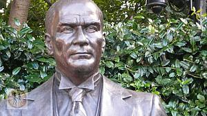 ataturk-portrait-sculpture-wdc
