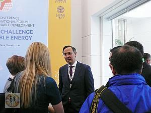 kairat-abdrakhmanov-foreign-minister-of-kazakhstan-with-attendees7