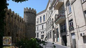 old-city-castle-and-street-bu-0449