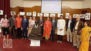 gandhi150-gallery-closing-with-speakers-better-6417-dd