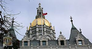 hartford-capitol-building-w-turkish-flag-dome2